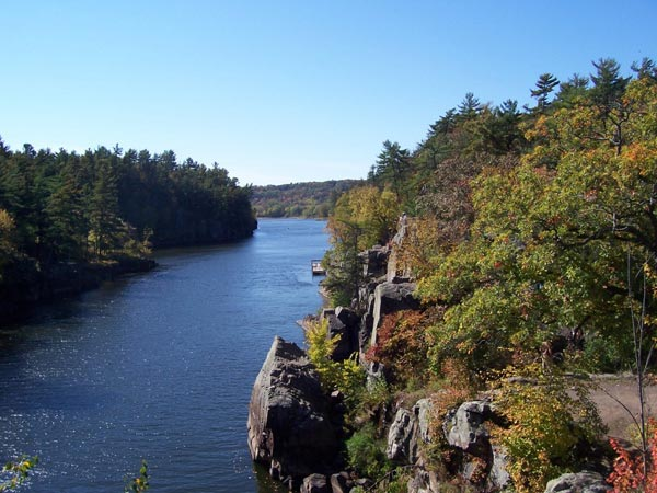 st croix river caneo boat hike mn wi