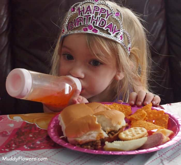 Birthday-3-year-old-girl-barbie-party-ideas