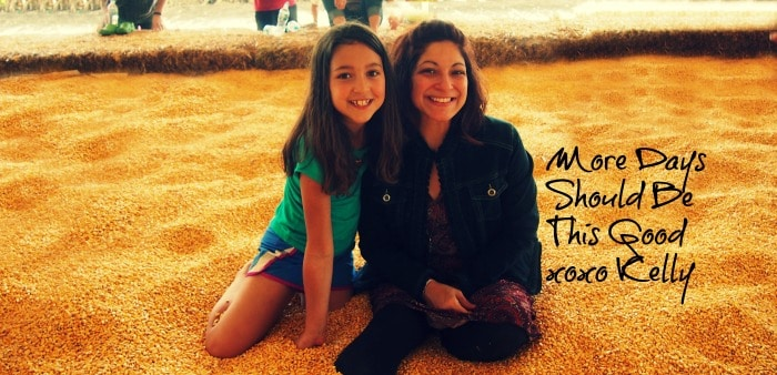 More-days-be-good-mother-daughter-corn-maze-twin-cities-mn-review-muddy-flowers-mom-blog.jpg