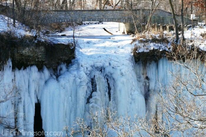 frozen waterfall minneapolis minnesota history