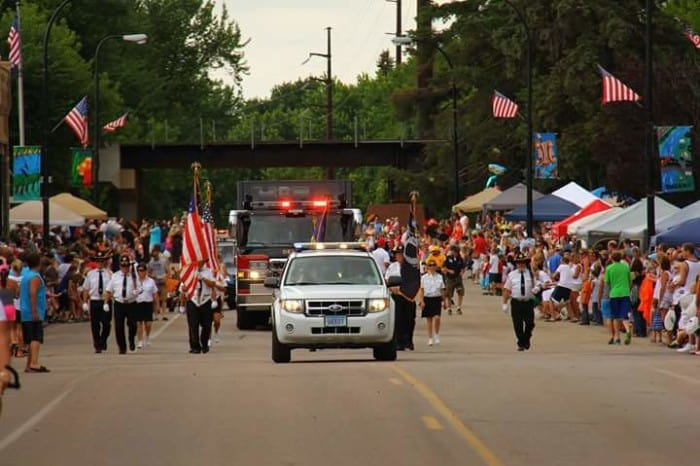 4th of july delano parade mn 2015