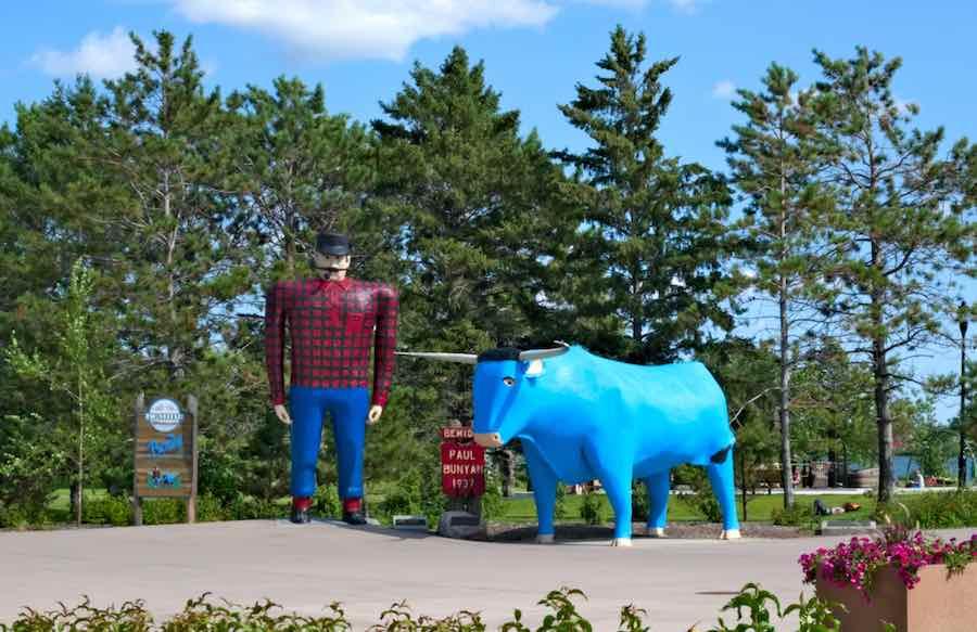 Paul Bunyan and Babe The Blue Ox. Bamidji, MN