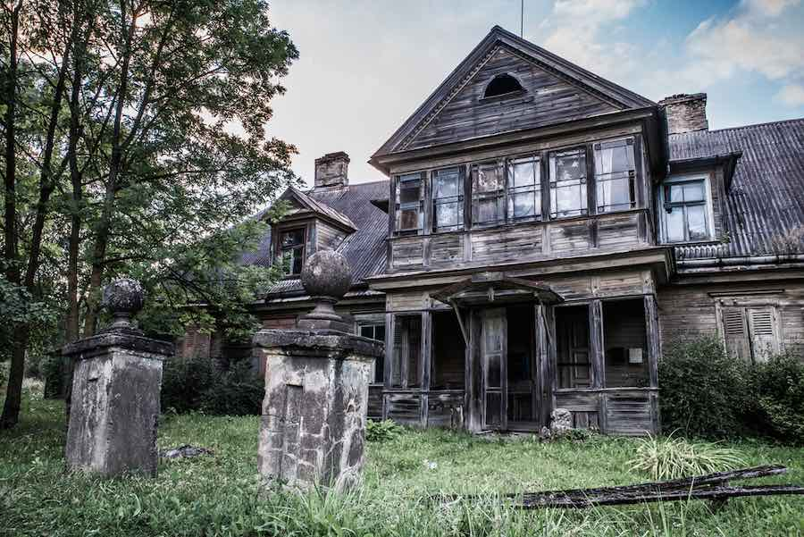 Haunted Houses in Minnesota - Scary House