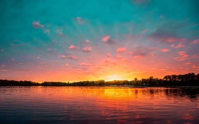 One of the best lakes in Minnesota at sunset