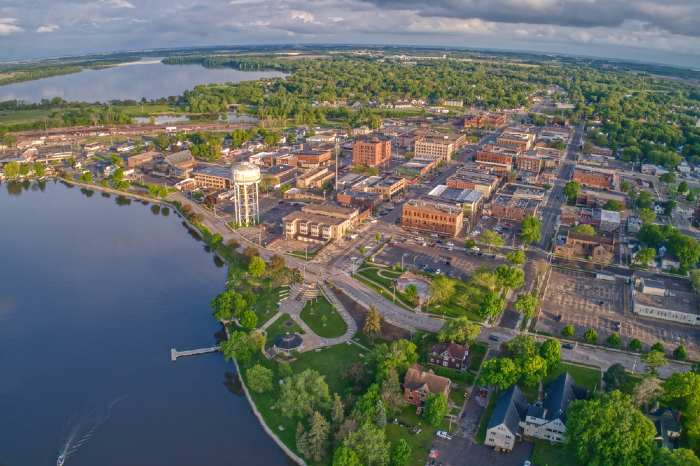 Aerial View of Downtown Albert Lea, Minnesota which is one of the best places to retire in Minnesota.