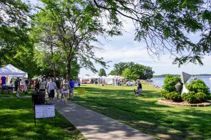 An art festival on the lakeshore in Excelsior, one of the best towns in Minnesota.
